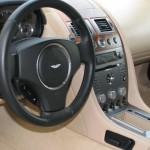 ASTON MARTIN leaher steering wheel